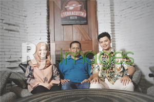 Agus Suharyanto (Owner) Terracotta Resto bersama putra putrinya