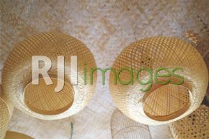 Cover lampu gantung berbentuk lampion