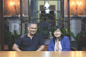 Ir. R.M. Nurdi Antoro bersama Istri