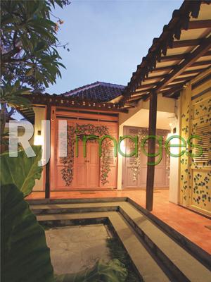 Kamar-kamar dengan warna & motif tematik