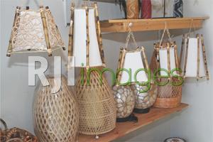 Kreasi cover lampu olahan material bambu