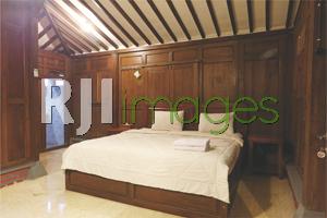 Master bed kamar tipe deluxe room