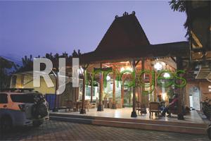 PURI SIDIKAN HOMESTAY Harmonisasi Jawa Heritage Yang Modern