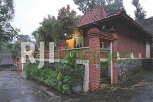 Puri Agung Resort & Hotel