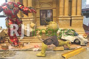Setting action figure layaknya scene dalam film aslinya