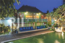 Atmosfer Asik Jawa Klasik Syahdu Pesona Ubu Villa