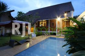 Happy Ayu Guest House