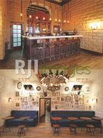 Area coffee bar  & sudut ruang rustik yang fotogenik