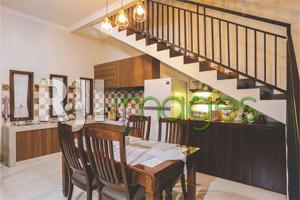 Area dapur & ruang makan bergaya minimalis modern