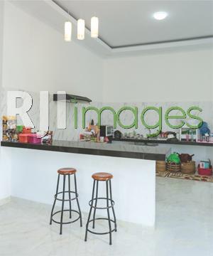 Area dapur minimalis bergaya ala bar