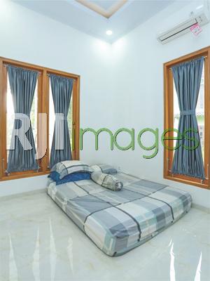 Kamar tidur bernuansa simpel nan nyaman